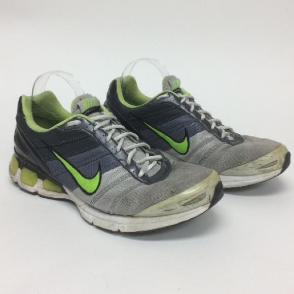 quality design 5df63 46a96 Nike Air Max Turbulence 14 Green Sneakers. M5aca772ea825a676f7ba9952